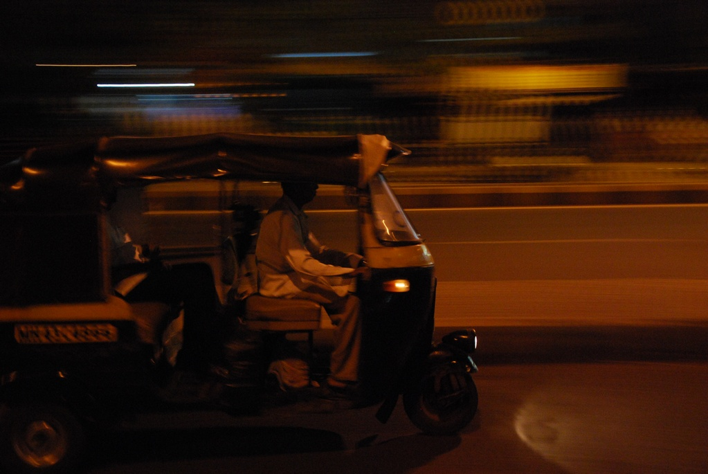 Auto Driver Wins Hearts Online By Refuses To Charge Money From Woman Travelling Alone At Night