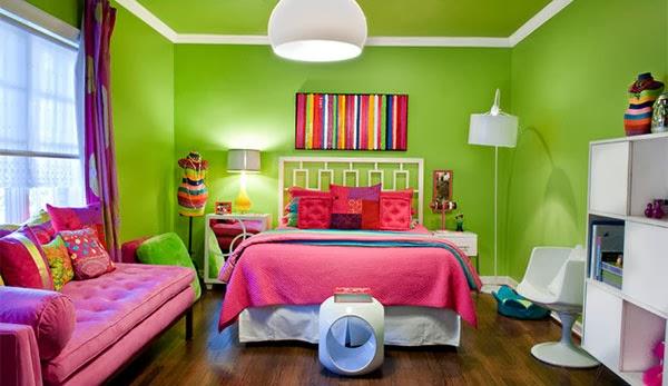 Padukan warna pink dengan warna hijau