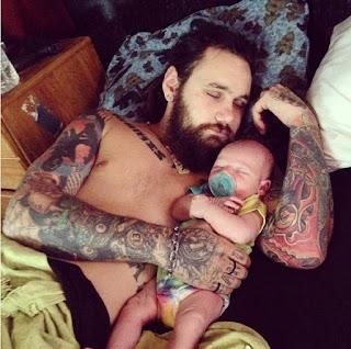padre tatuado 1