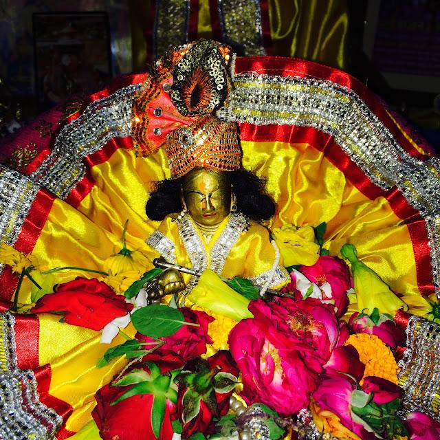 janmashtami-mandir-decoration-at-home