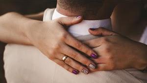 7 Cara Merangsang Istri untuk Meningkatkan Gairah Seksual