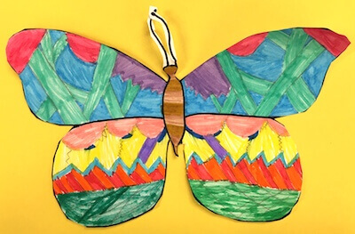 Butterflies in First Grade: Butterfly Symmetry.  GradeONEderful.com