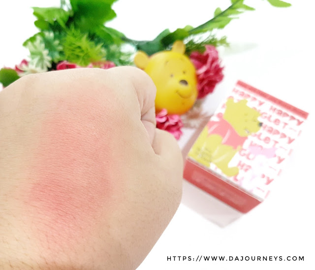 Review Happy with Piglet Jelly Mousse Blusher