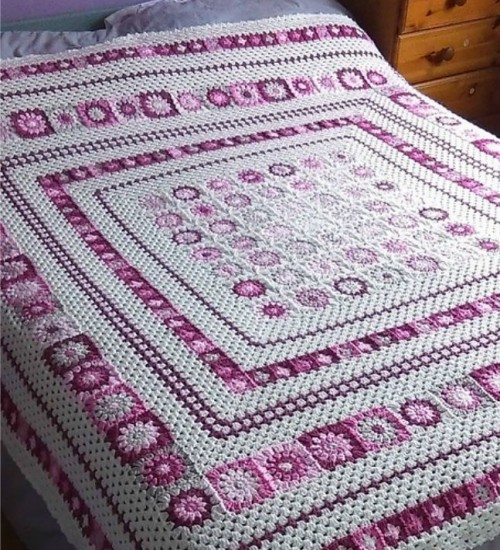 Cozy Grace Blanket - Free Pattern