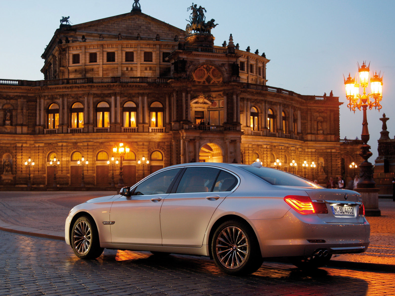 Gambar Mobil BMW | 2009 BMW 730d