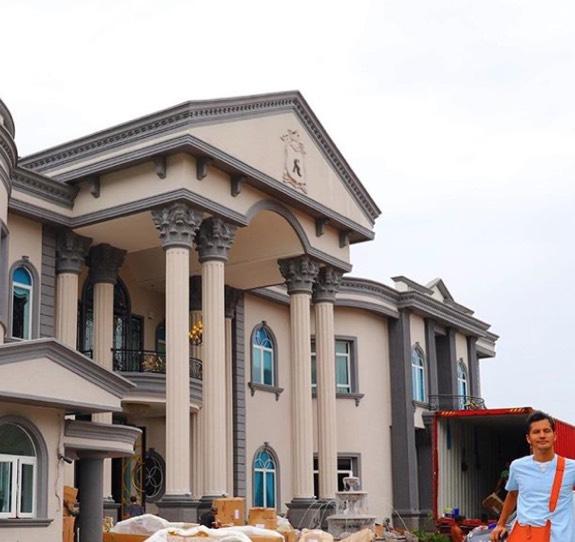 Ini 6 Fakta Menarik Tentang 'Istana' Aliff Syukri Yang Bakal Buat Korang Ternganga