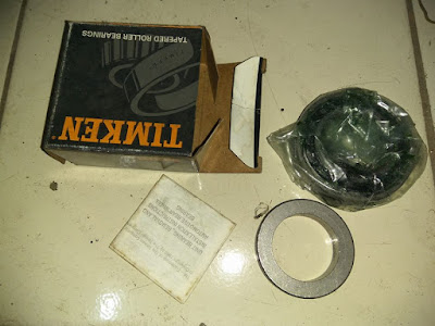 Persamaan bearing roda belakang Opel Chevrolet Blazer.