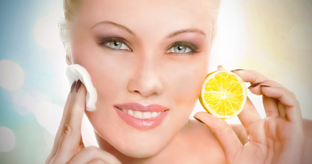 Have You Ever Rubbed Your Face with a Lemon? Here's a Good Reason to Do It