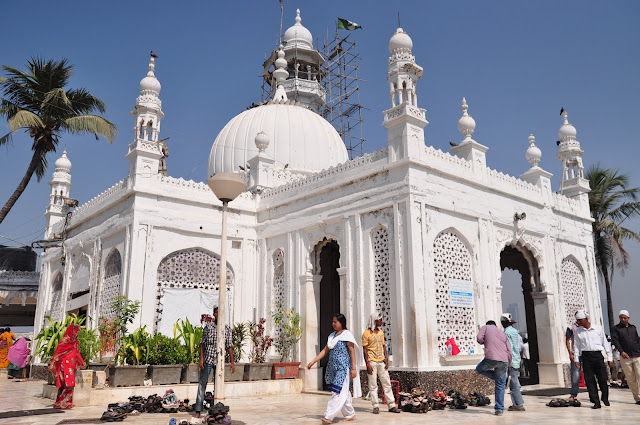 Haji-Ali-Dargah-Mumbai