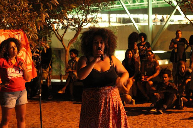 """Conversa entre campeões de poesia pauta """"Rumos do Slam"""""""