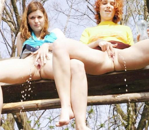 Эротика ню: писающие девушки www.eroticaxxx.ru - Эротика писающих женщин! ЭРО моча и писсинг