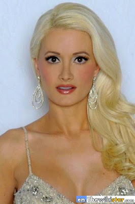 The life story of Holly Madison, casual American fashion and showgirl