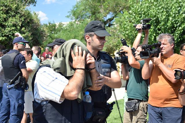 Οι οκτώ πραξικοπηματίες έδειξαν την άθλια κατάσταση στη Θράκη