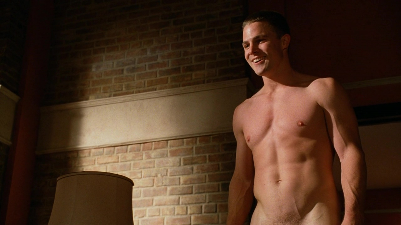 Auscaps Stephen Amell Nude In Hung   Dont Give Up On Detroit