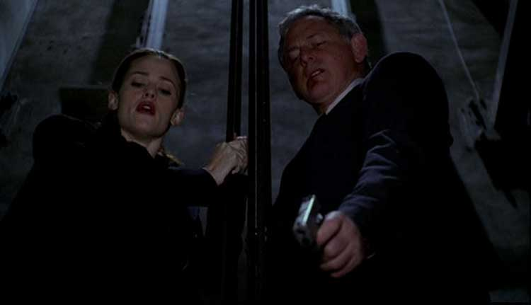Jennifer Garner as Sydney Bristow and Victor Garber as Jack Bristow on Alias