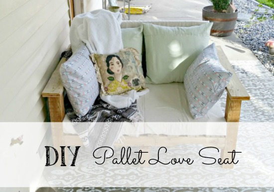 How to make a pallet love seat