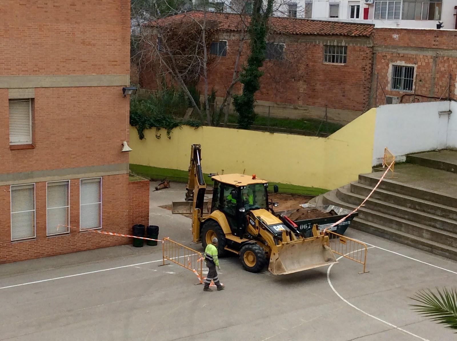 Main zaragoza se inician las obras de la piscina cubierta for Piscina cubierta zaragoza