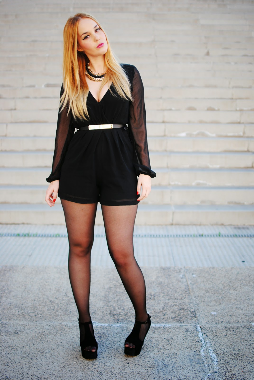 nery hdez, blonde, playsuit, axparis, total black, axparis blogger, zara necklace