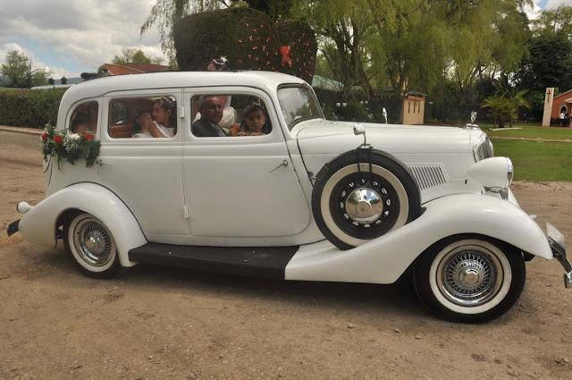 alquiler de carros antiguos bogota
