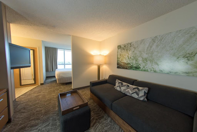 Discover stylish Miami airport suites at SpringHill Suites Miami Airport South by Marriott. Our hotel near Miami International Airport is the perfect place to work.