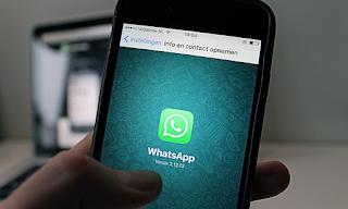 Ingin Ngerjain Teman Kamu, Kamu Bisa Buat WhatsApp Teman Kamu Hang