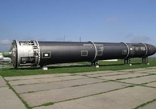 míssil nucelar russo