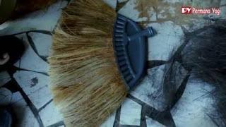 Cara Membuat Sapu dari Sabut Kelapa