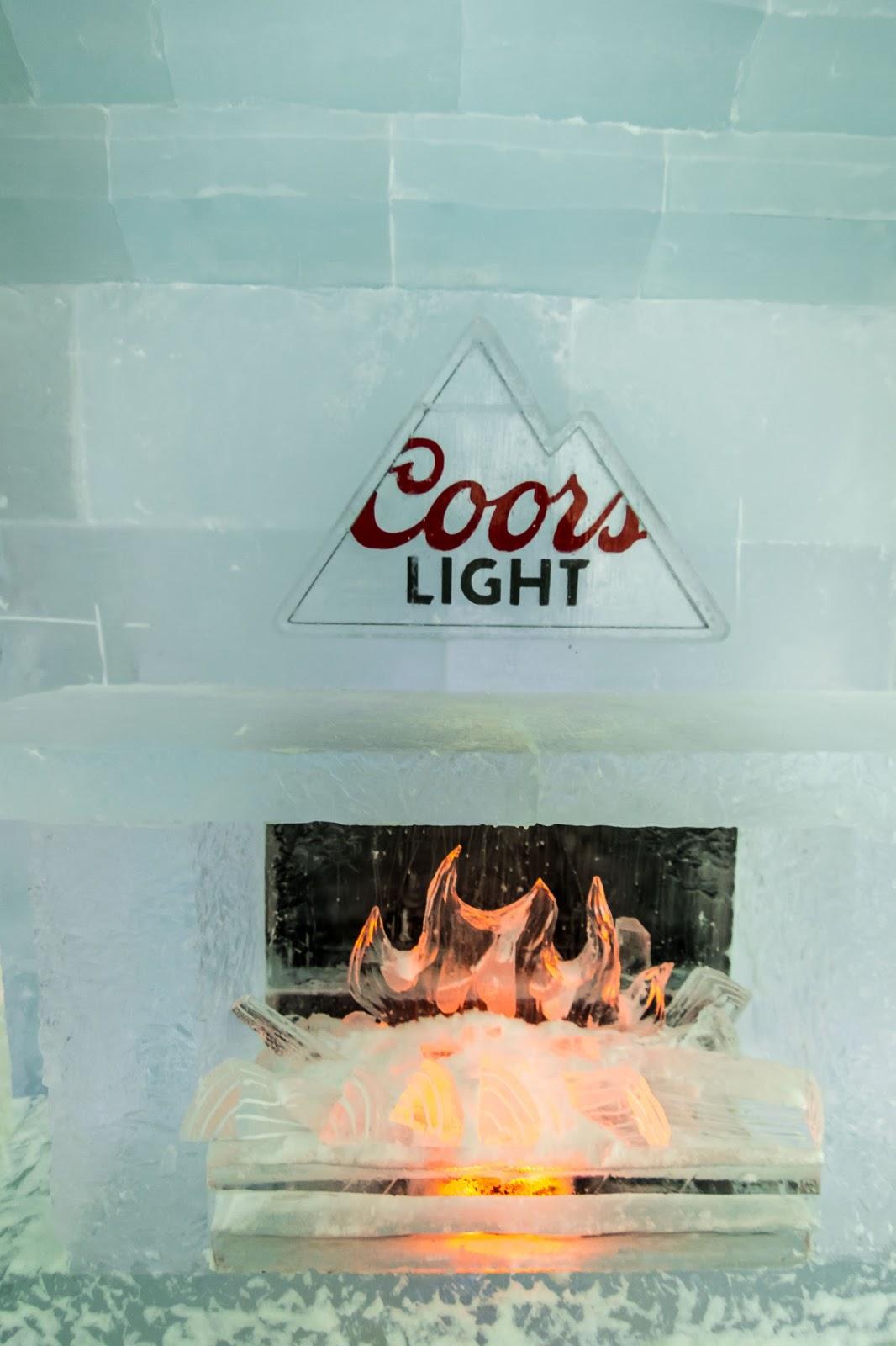 Québec City's Village Vacances Valcartier's Hôtel de Glace ice sculpture