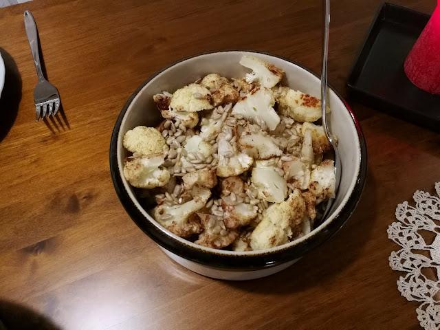 kanelilla maustettu kukkakaali
