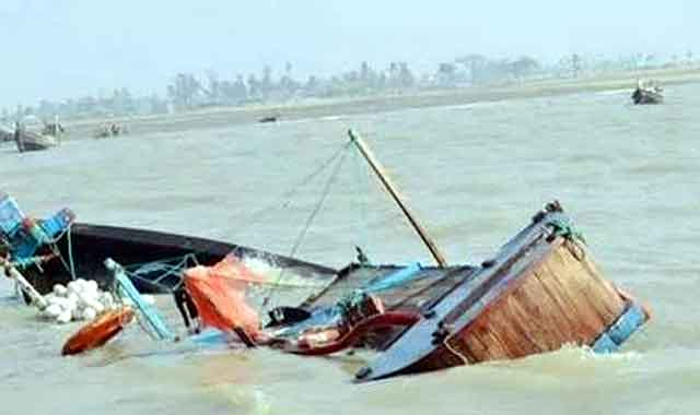 Boating at Dewanganj in Jamalpur: 1 missing