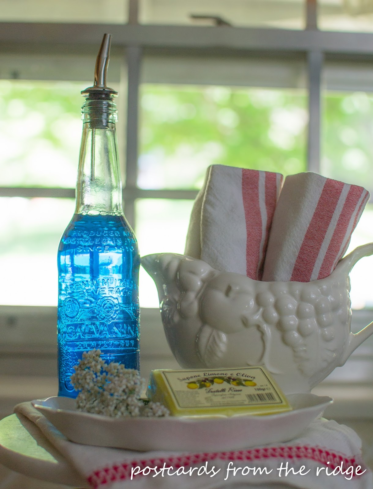 Kitchen Soap Cottage Style Furniture Designer Diy Dispenser Bottle Postcards From The Ridge