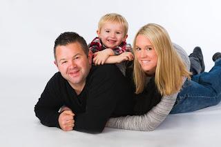 https://www.walcottstudio.com/#/gallery/fun-family-portraits/e4652-092-walcottstudio/