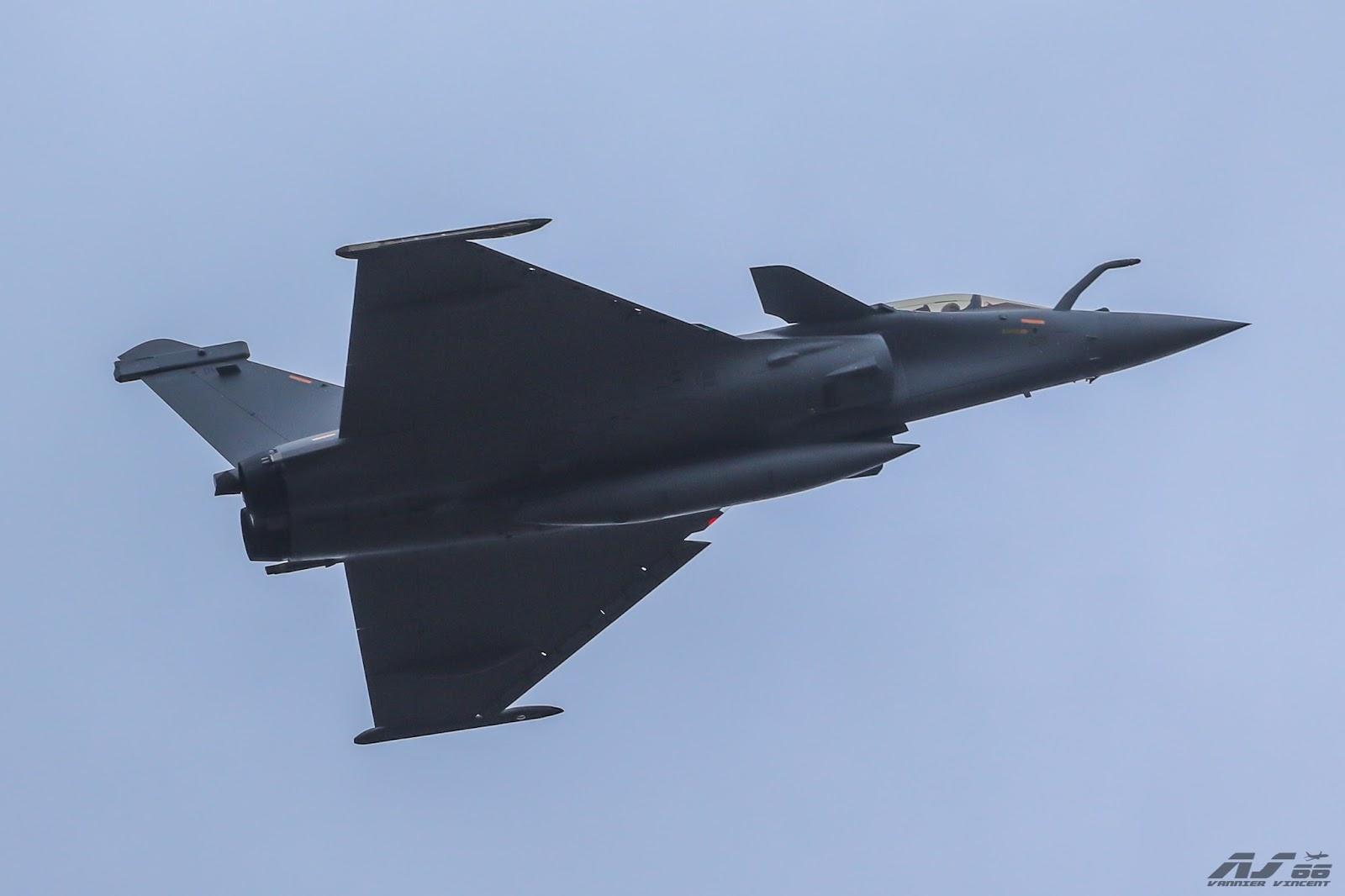 قائد القوات الجوية المصريه: استلام 8 طائرات رافال في 2017 وتنسيق مع «واشنطن» لتحديث الـ f16.. DM16-1-3