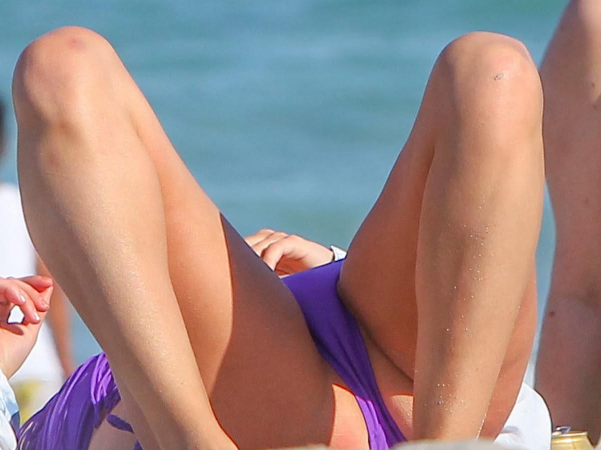 Bikini crotch close up pics