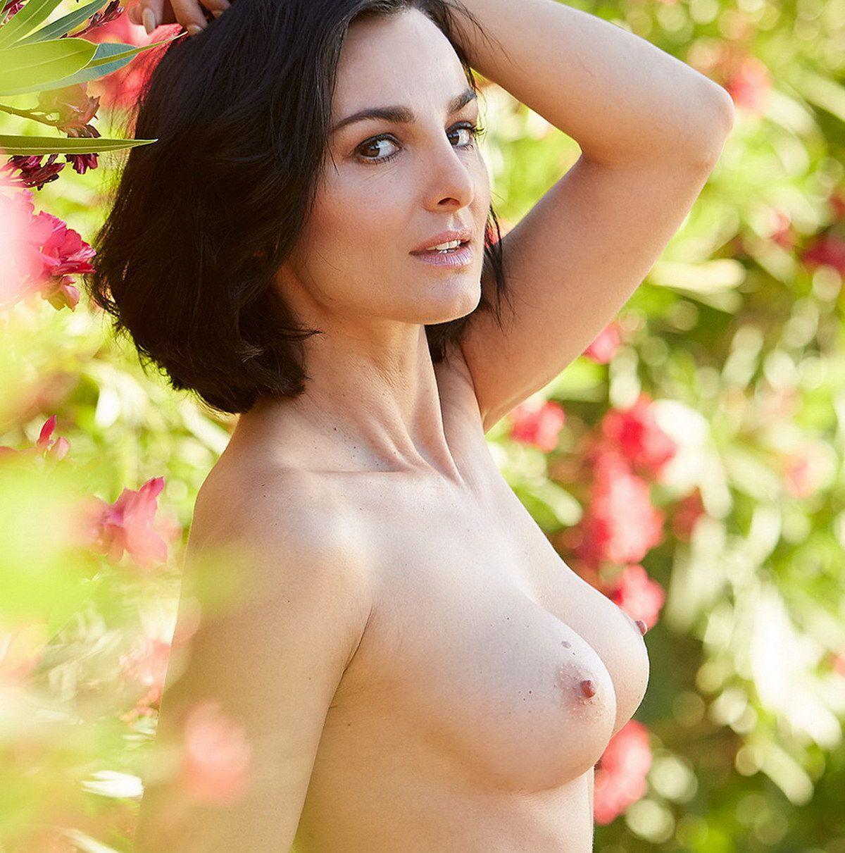 Mimi Fiedler Nude - Woodenbild -7372