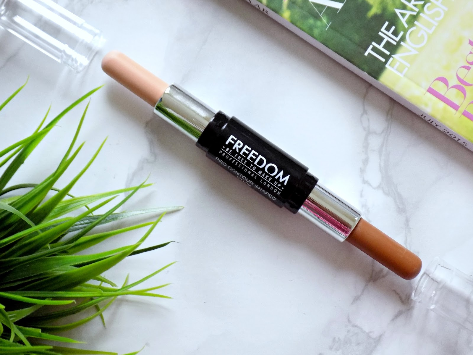 Freedom Makeup Pro Contour Stick