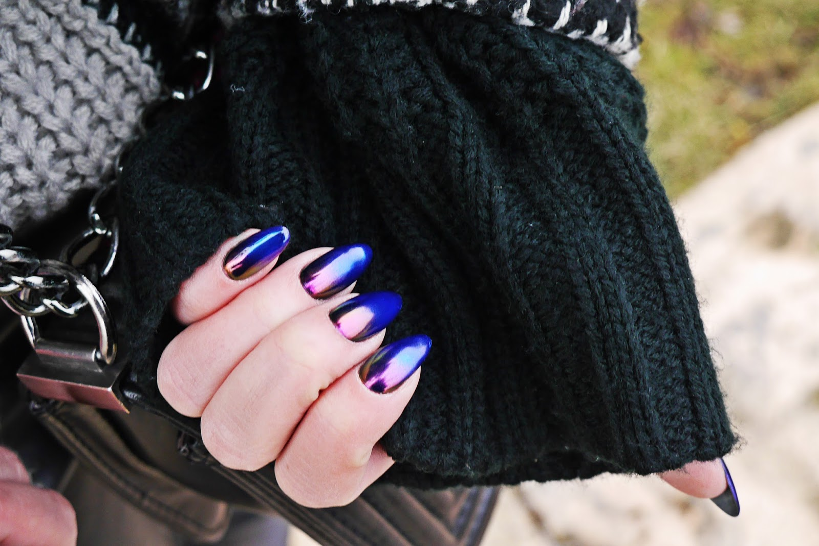 ombre_nails_metalic_cat_eye_karyn_220217