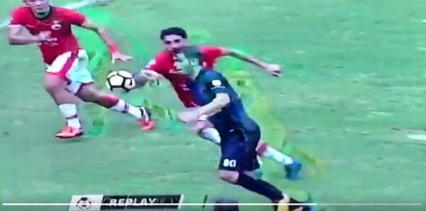 Apakah Gol Wiljan Pluim Handball Terlebih Dahulu? Lihat Videonya