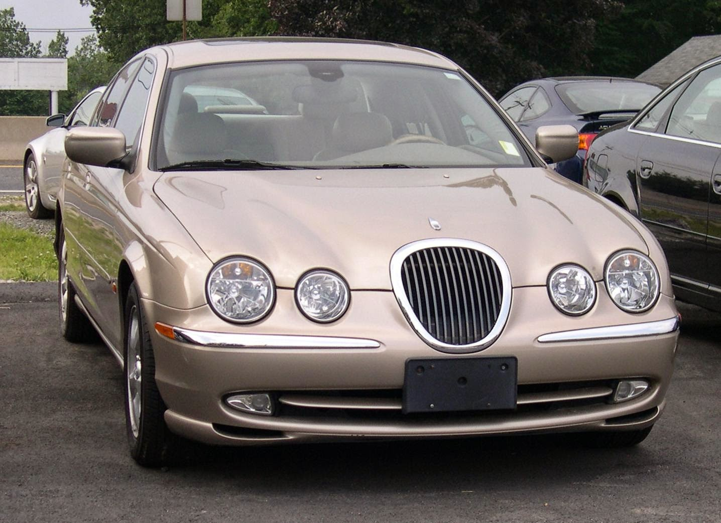 JAGUAR S-TYPE / X-200 2004 Owner's Manual | Driver's Handbook