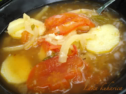 100 arrows soup by Laka kuharica: tasty and aromatic Croatian summer soup.