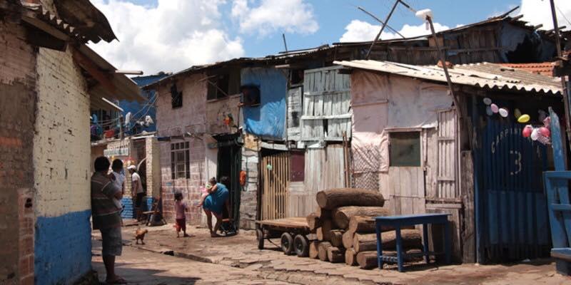 Palmasola, como otras cárceles de Bolivia, es una pequeña ciudad entre cuatro muros / SAMY SCHWARTZ