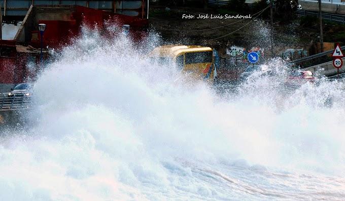 Fotos oleaje Las Canteras, 17 diciembre