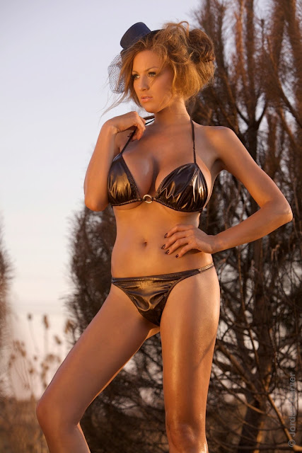 Jordan-Carver-Scorched-HD-photoshoot-and-sexy-hot-picture-2