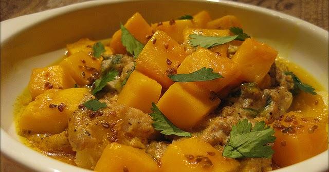 Kerala Cod With Cashew Yogurt Sauce And Fresh Mango Recipe