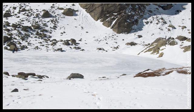 Laguna grande helada de Peñalara