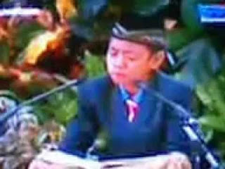 http://downloads.ziddu.com/download/25070706/samsuri_Maulid_istana_negara.mp3.html