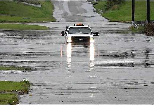 Hurricane, Oklahoma floods, weather prediction, storm system moves through the Midwest