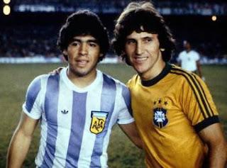 Gênios do futebol mundial
