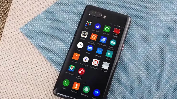 شاهد هاتف ZTE Nubia Z18S أول هاتف في العالم بشاشتين و بدون كاميرا سلفي