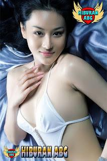 Foto-Sexy-Artis-Zhang-Xin-Yu-1
